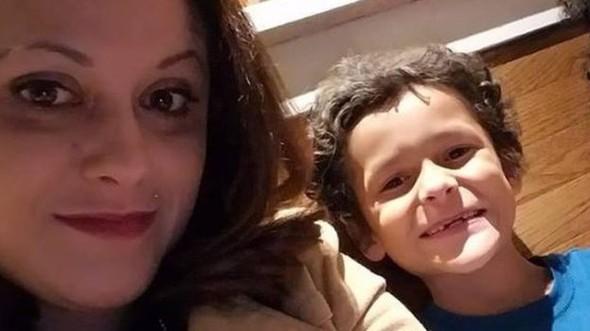 """Jamel Myles: la agonía de una madre cuyo hijo de 9 años se suicidó """"tras ser acosado en la escuela por ser homosexual"""""""
