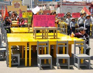 Entrega de mobiliario a 20 colegios