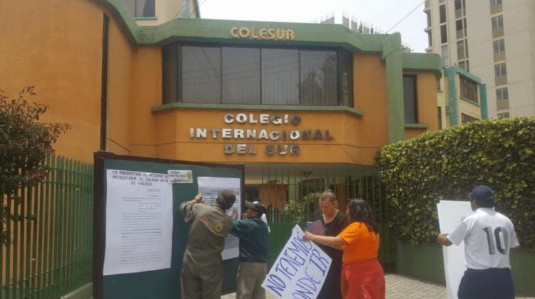 Educación asegura que los niños del Colesur son manipulados para las protestas