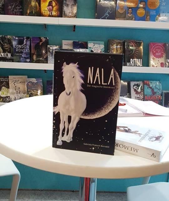 Hurra! NALA ist von einem Freund auf der Frankfurter Buchmesse entdeckt worden.