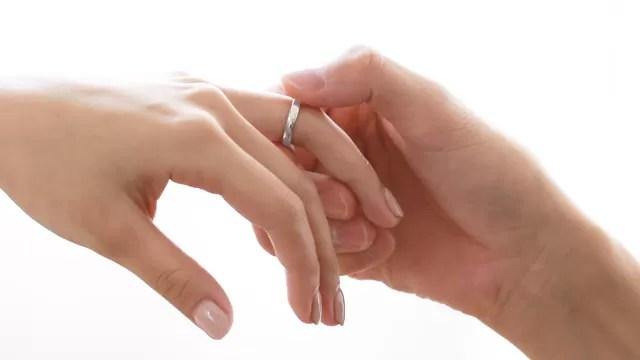 結婚指輪 プラチナ 婚約指輪