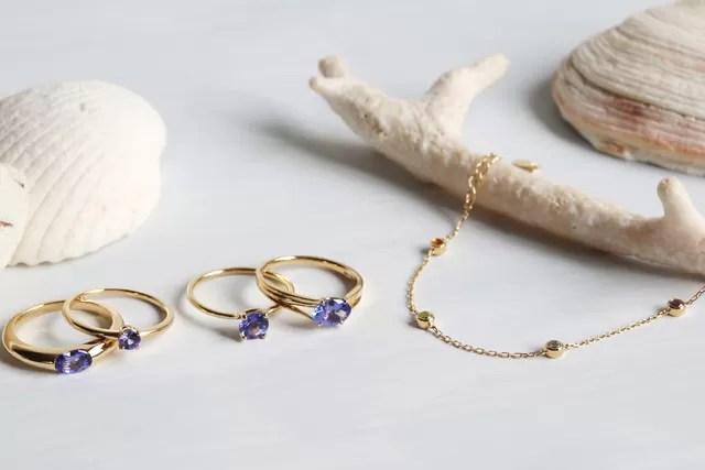 魅惑の宝石タンザナイトのリングと選べる色石ブレスレットの限定販売を開始