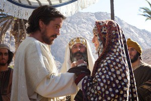 Moses and his wife Zipporah (Maria Valverde)