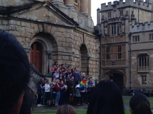 Oxford, UK vigil for Orlando. Photo by Yvonne Aburrow. CC-BY-SA 4.0