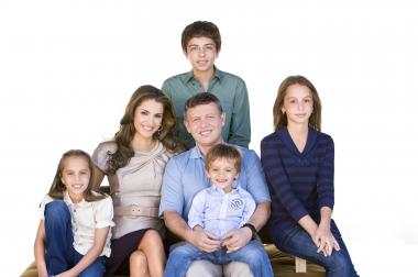 King Abdullah II and Queen Rania with their children, Prince Hussein, Princess Iman, Princess Salma and Prince Hashem.  Amman, 2009 Image Courtesy of the Royal Hashemite Court Archives
