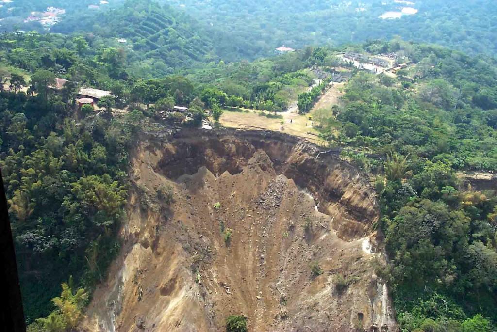 USGS_Landslide_El_Salvador