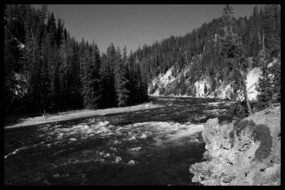 2016-30-Yellowstone1