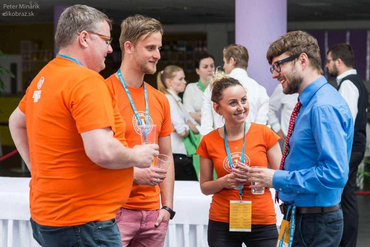 Hľadáme nových členov tímu WordCamp Bratislava