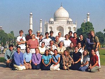 Global Semester group in front of the Taj Mahal.