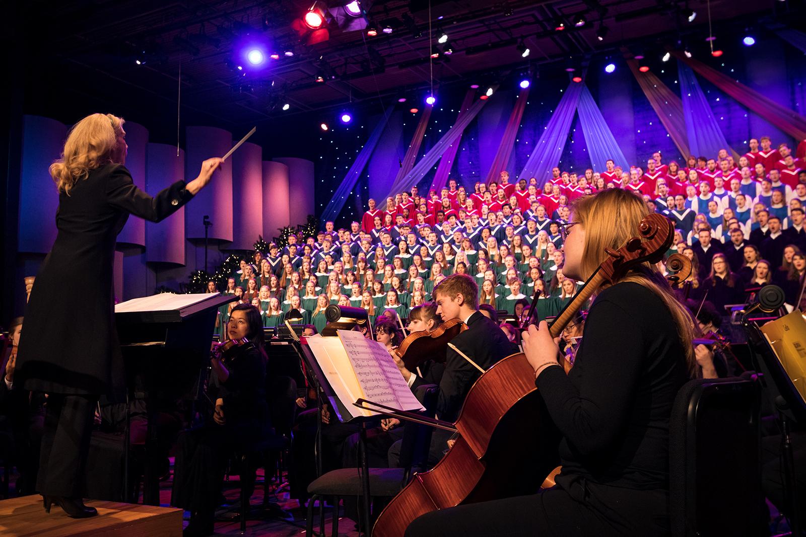 Broadcast 2020 St. Olaf Christmas Festival St. Olaf celebrates the season with annual Christmas Festival – St