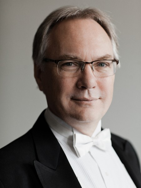 St. Olaf Band Conductor Timothy Mahr '78