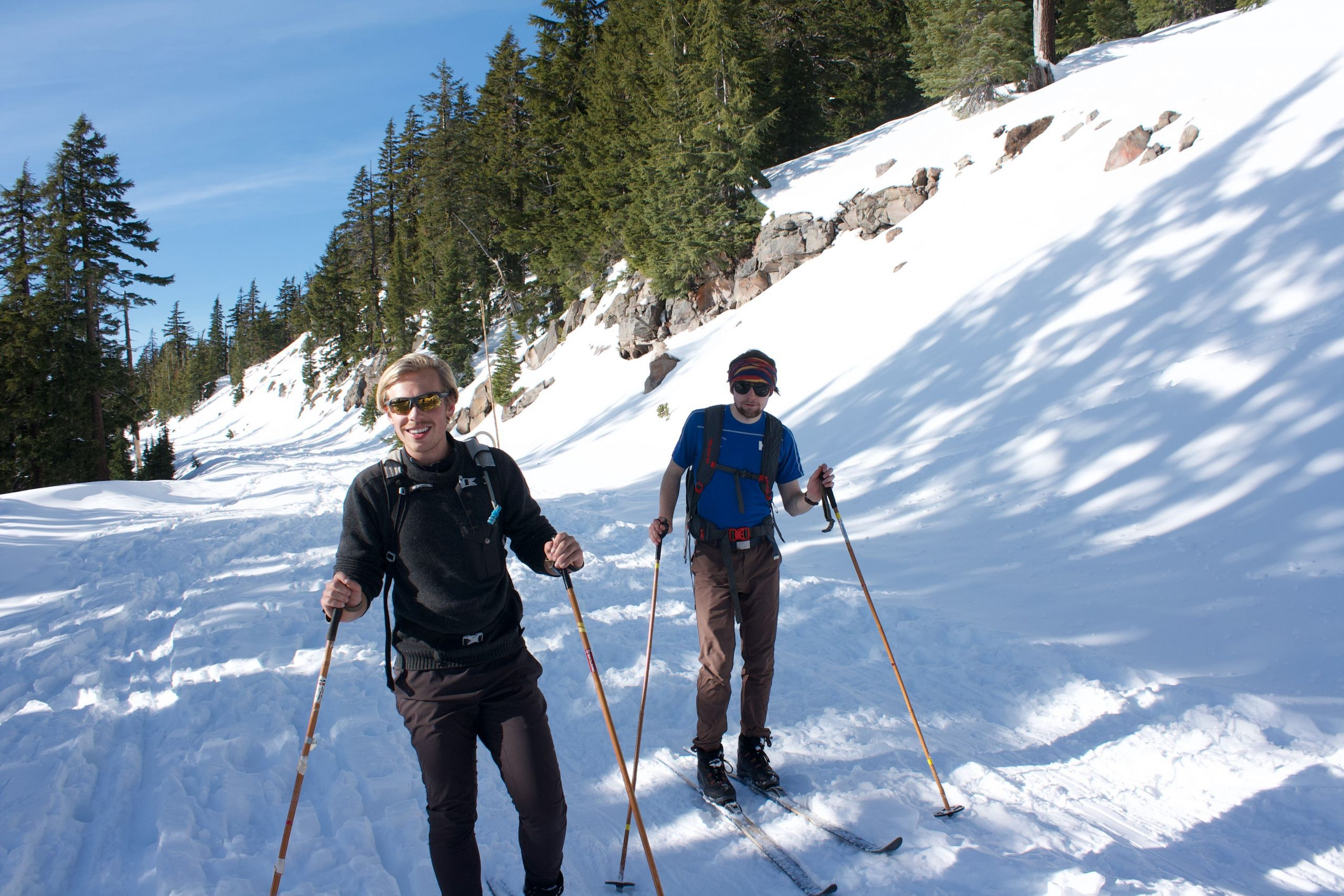 Finn Johnson '22 (left), skiing during his time at the Oregon Extension.