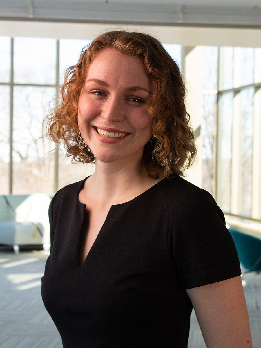Portrait of Lucia Wagner '21
