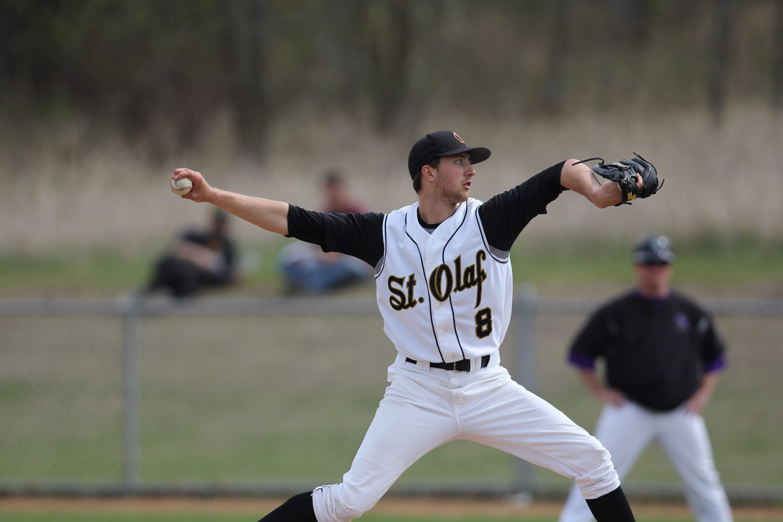 Anders Dzurak '13 pitches during a St. Olaf baseball game.