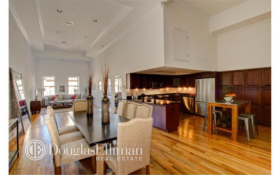 Michael Strahan Relists Tribeca Condo With 400000 Price