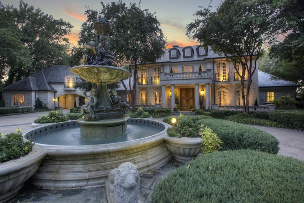 7 Homes With Amazing Outdoor Fountains  Trulia's Blog