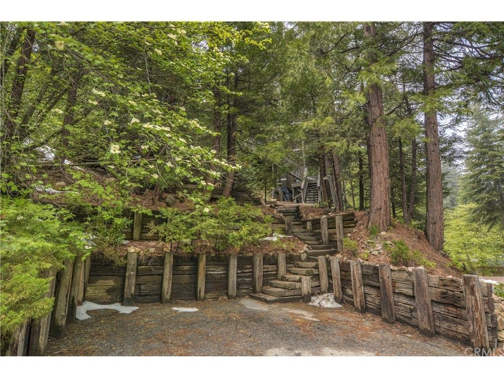 Treehouses That Are For Sale Right Now Around The Country