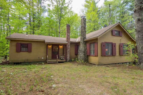 Country Cottages Under $200K in Beautiful Spots for Sale ...
