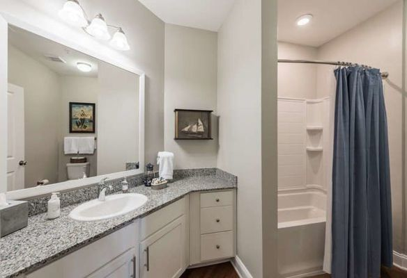 rentals with beautiful bathrooms
