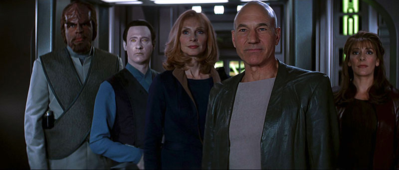 star-trek-insurrection-tng-crew-2