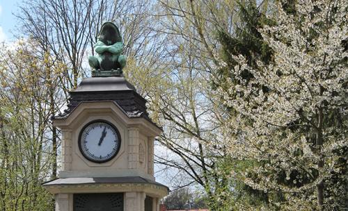 Heimatverein Lockwitz informiert: 1913-2013 - Lockwitzer Wahrzeichen wird 100 Jahre. Der Lockwitzer Frosch – das markante Wahrzeichen von Lockwitz  100 Jahre  an seinem Platz