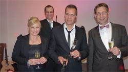 Gabriele Kaul, Dave Kaufmann und Bert Kirsten - hinten Gitarrist Frank Riepl