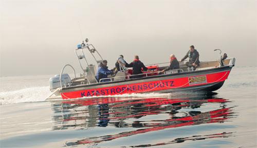 ASB mit nagelneuem Rettungsboot auf Messe FLORIAN - ASB Sachsen präsentiert vom 16. bis 18. Oktober in Dresden seine Fort- und Ausbildungskurse