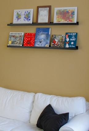 Real Kids Room Berlin Loft book shelf