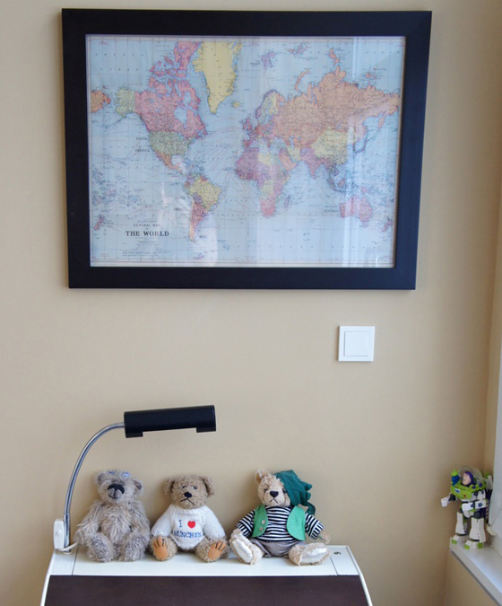 Real Kids Room Berlin Loft world map