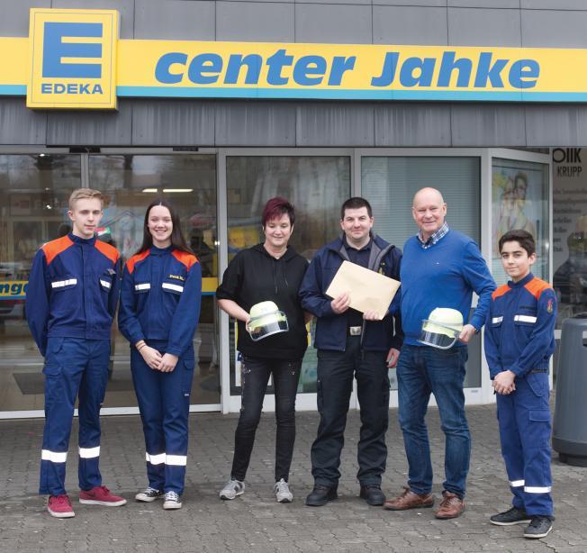 Für die Jugendfeuerwehr Ramstein ging es beim E-Center-Jahke um die Wurst