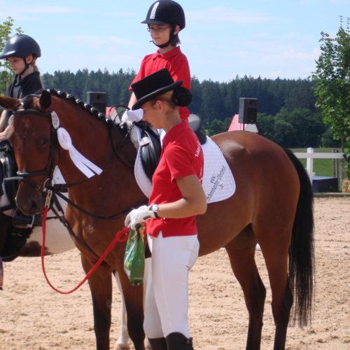Reitturnier_Jagstzell_2010_ 01.08.2010 11-48-16