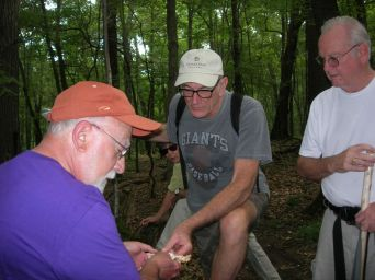 Jim Wasik discussing a find. By Dick Dougall