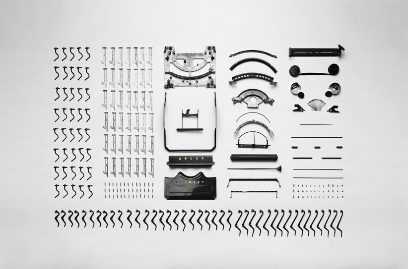 Typewriter-taken-apart