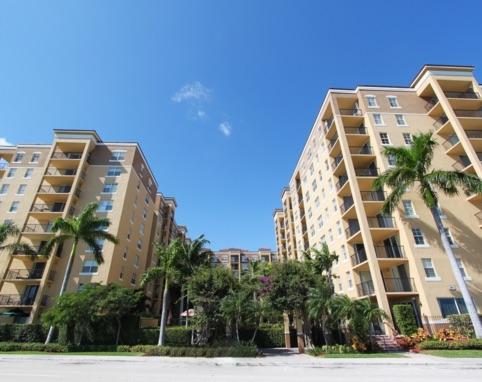 The Slade West Palm Beach condos