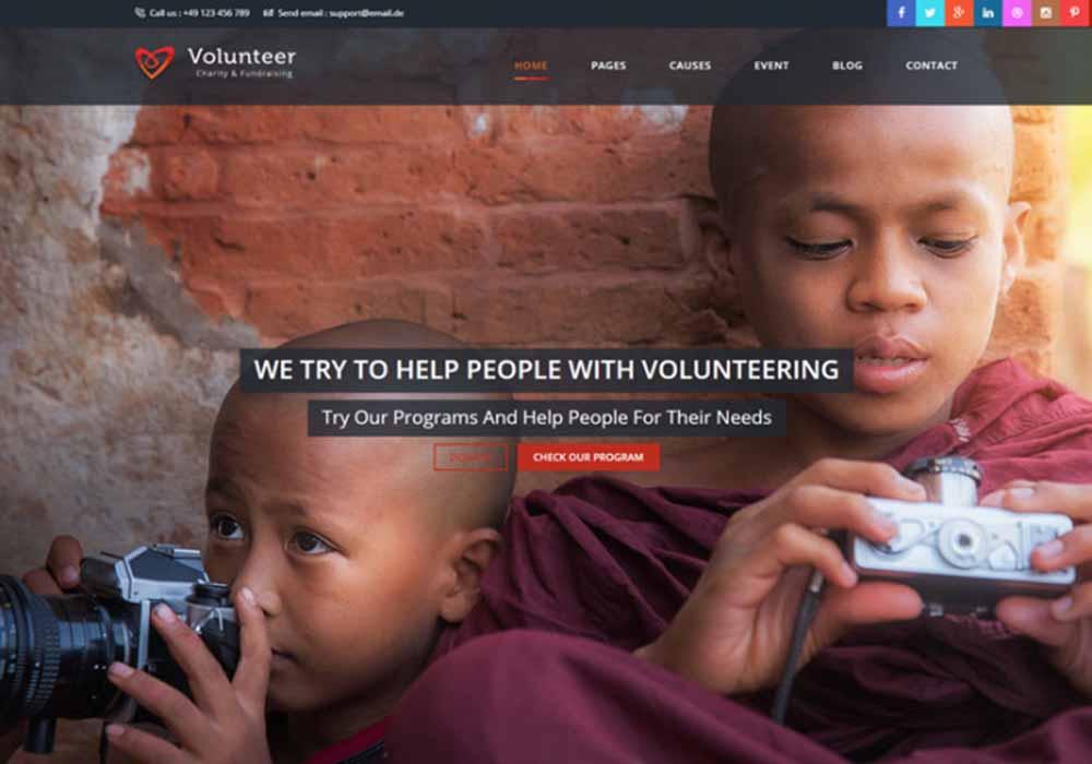volunteer-html5-responsive-theme-front-700x500