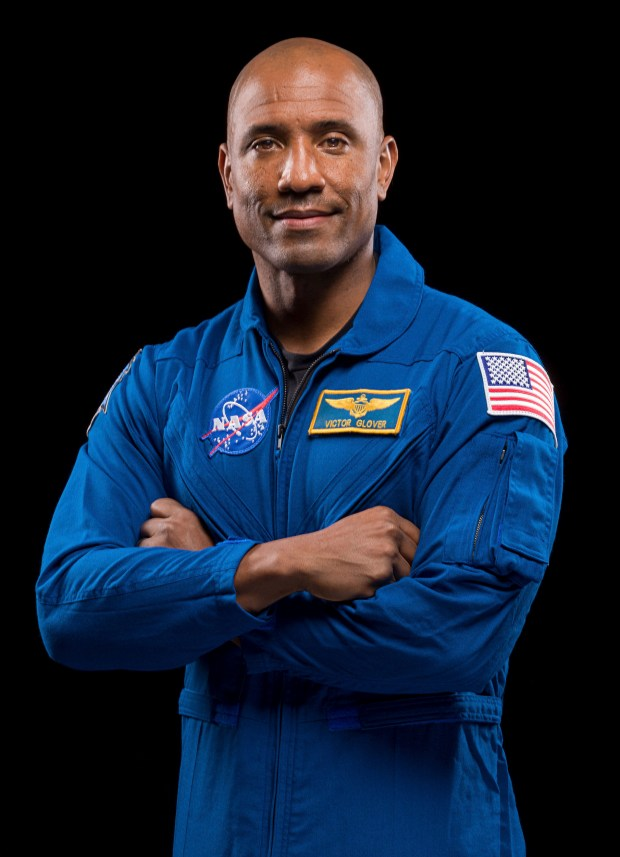 - LDN L SPACEX 1116 Glover - Pomona-born astronaut answers students' questions from orbiting space station – Pasadena Star News