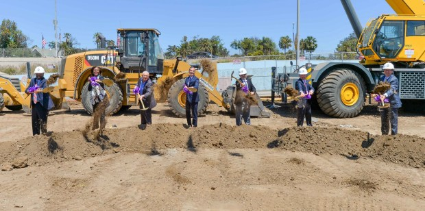 Metro marks beginning of 'major construction' on final Purple Line extension