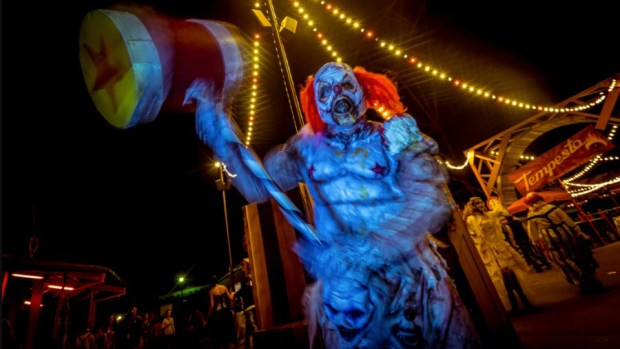 Niles: It's never too early to talk about Halloween at theme parks