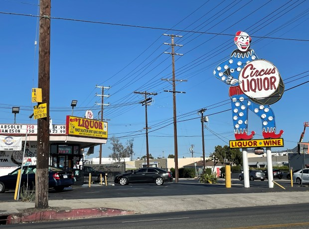 North Hollywood: Holiday weekend in NoHo wasn't so-so