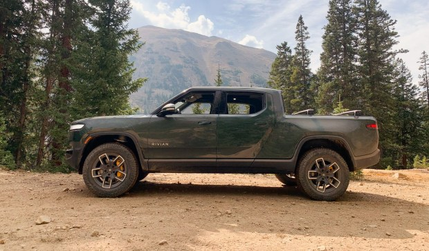 Review: $73,000 Electric Rivian R1T Is Cute But Not a Work Truck