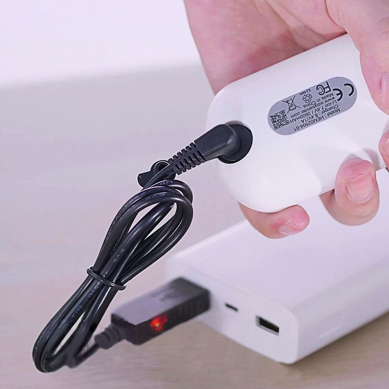USB充電器_行動電源充電