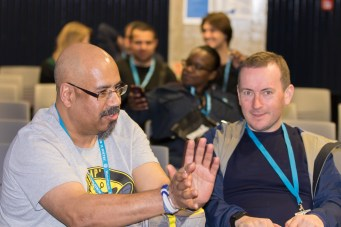 Mike Little in discussions at WordCamp London 2016-3062