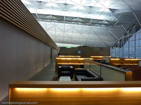 the wing - cathay pacific lounge hong kong airport
