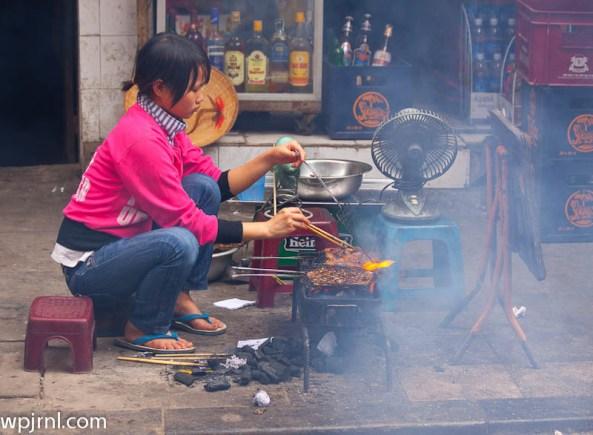 street cooking hanoi