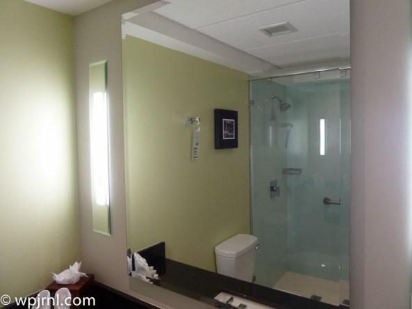 Holiday Inn San Jose Escazu, Costa Rica Bathroom