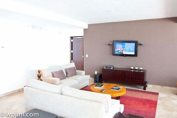 Hyatt Regency Cancun - Eternity Suite - living room