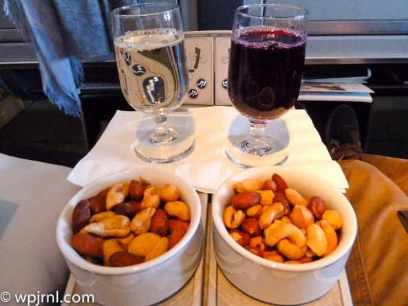 American Airlines Bogota to Miami Business Class Meal - Nuts and Wine