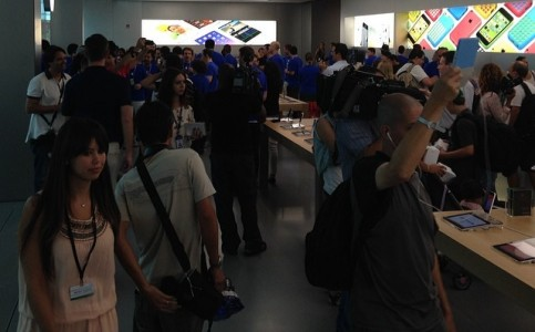 Apple-store-villagemall-inaugura