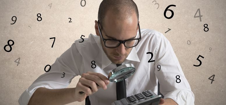 man doing estimates - defining the job in detail