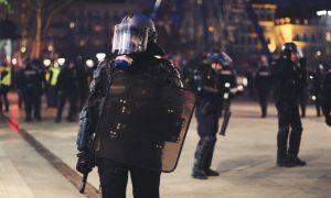 Mamy już państwo policyjne? PKP śledziło osoby jadące na protest